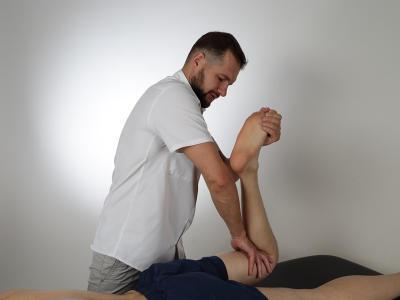 Кинезиологическое тестирование коленного сустава